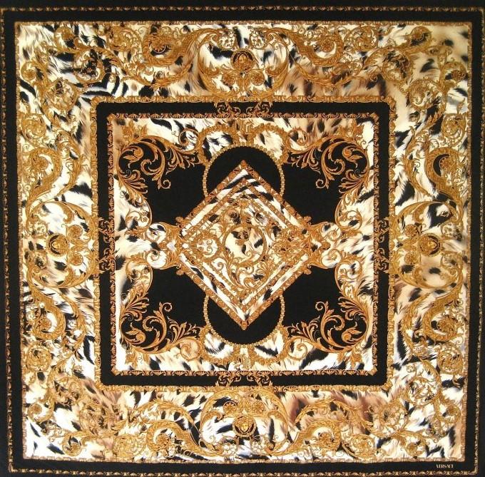 3f8d8d2a2d15632a25193e0e66395fd0_Wild-Classic---Panel---140x140---Velvet---2002-TRO8VE03317-Var.0004.jpg2.jpg