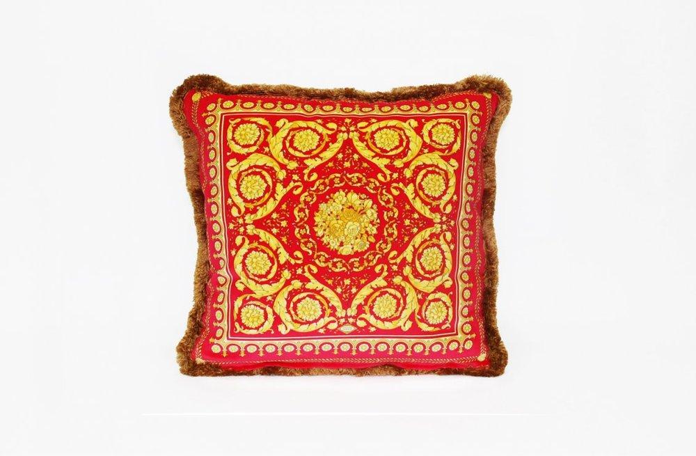 8a078cc1012b7bfc0d4cd0422df447a3_Barocco---Cushion---45x45-cm---Silk-Panel-R-Velvet-Panel---2000-CU21SV01611-V.4003-R.jpg