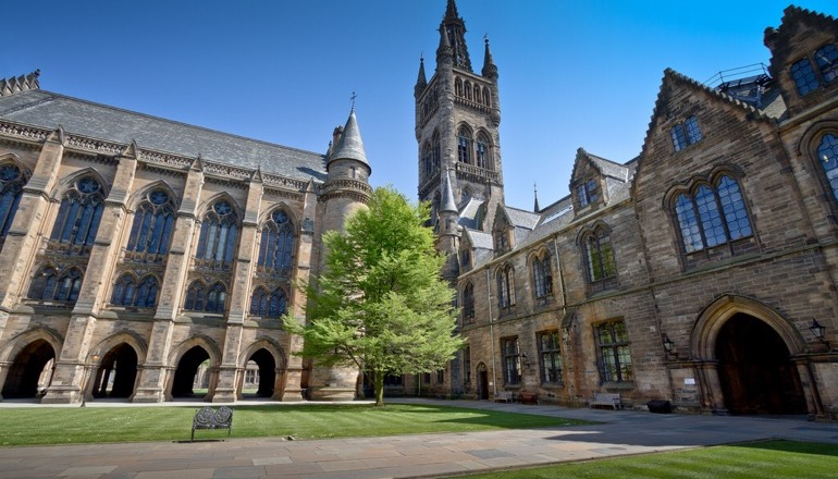The University of Glasgow by Michael D Beckwith [ CC0 1.0 ] via Flickr