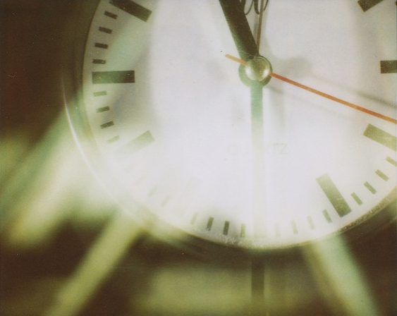 A blurred image of a clock