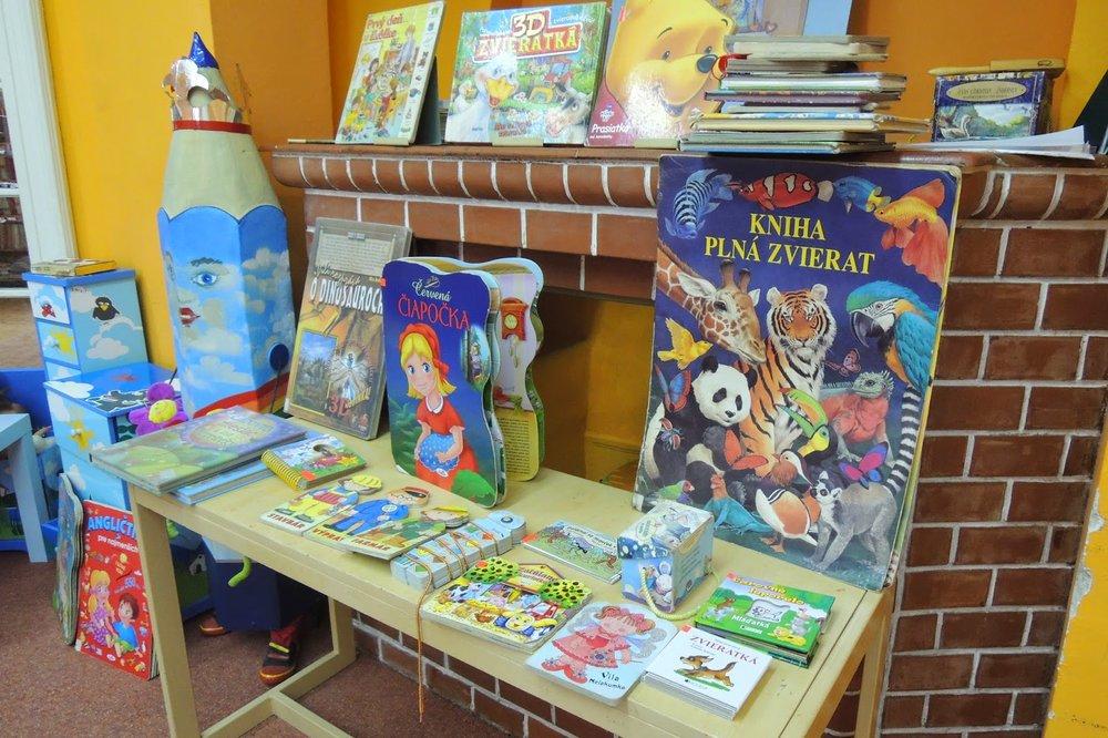Návšteva knižnice J. Fándlyho