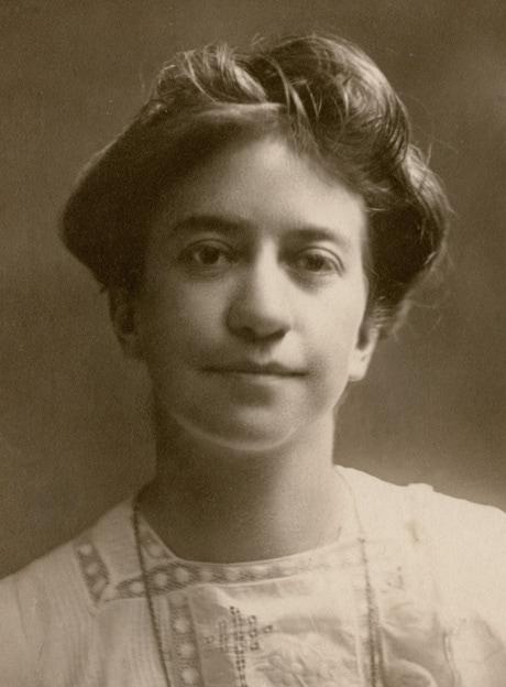 hughan-jessie-1898_orig.jpg