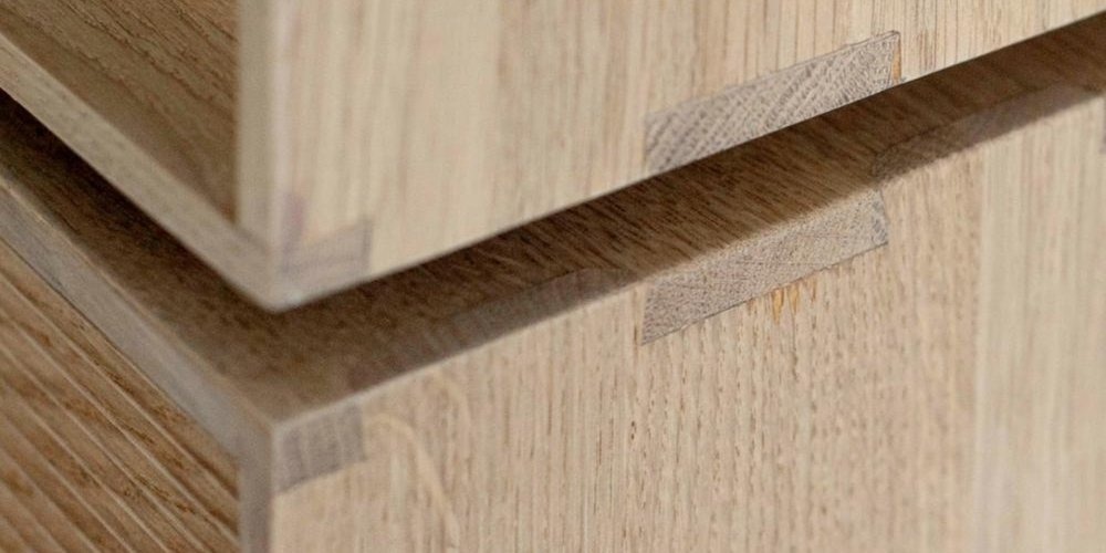 ercol-modulo-storage-cabinet-joinery-detail_1024x1024.jpg