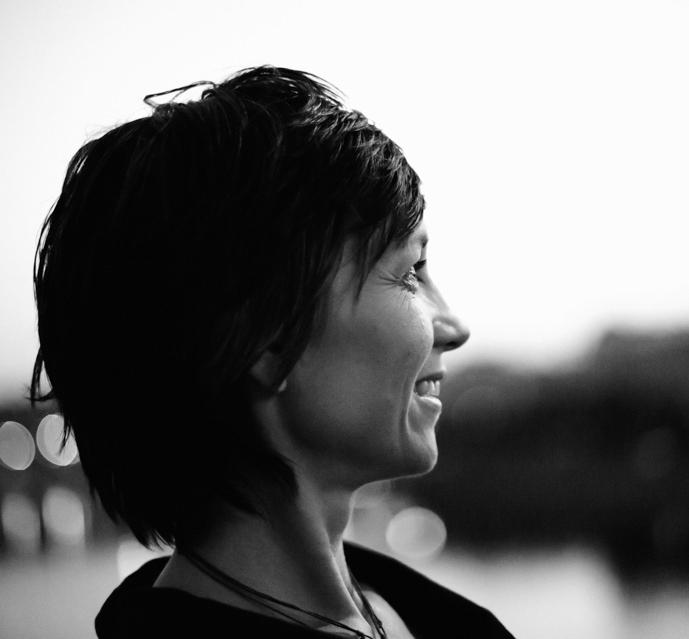 Gründerin von  muggelig.com  und sterneninspirierte Autorin, Künstlerin und Talente - und Business Profilerin. Mehr von mir auf   ellenholzschuster.com