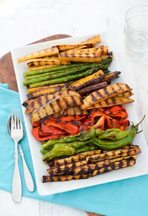 """GRILLED VEGGIE HORS D'OEUVRE serves 12   prep 5 mins   cook 15 mins   total 20 mins  Ingredients  vegetables, cut lengthwise in 3-6"""" pieces. (Any combination of zucchini, bell peppers, onions, potatoes, asparagus, hatch chiles, parsnips, carrots, or eggplant can be used.)  ·   · seasoning mix (below)  · olive oil  Seasoning Mix  · 3 teaspoons salt  · 1 teaspoon fresh black pepper  · 1/2 teaspoon onion powder  · 1 teaspoon smoked paprika  · 1/2 teaspoon paprika  · 1 teaspoon dried thyme  Instructions  1. Preheat grill pan over medium heat.  2. Toss vegetables with olive oil and seasoning mix with cut vegetables - roughly 1 Cup of vegetables with 1 tablespoon olive oil and 1 heaping teaspoon seasoning mix. (potatoes will require extra olive oil and a sprinkle of salt to flavour).  3. Spray grill pan with non-stick spray.  4. Place vegetables on grill pan perpendicular to grill lines. Flip after 4-6 minutes (check for grill marks).  5. Cook other side for 4-6 minutes - check for doneness. Vegetables should be tender but not squishy.  6. Remove to plate to cool. Refrigerate until 30 minutes before serving."""