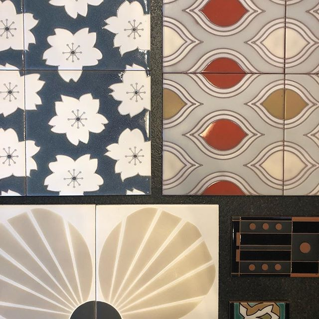 Kibak Tile samples have arrived at the SLO Showroom. How gorgeous are these  American made handmade tiles. Come see all the styles. #quinnhome #kibaktile #tilelovers #tiletuesday #interiordesign #interiordesigner #handmadetiles #kitchendesign #bathroomdesign #bathroomtiles #madeinamerica #handpainted