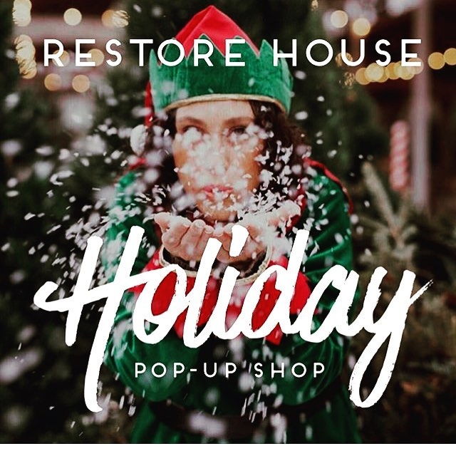 Come out and say hello at the annual Holiday Market @restorehouse in Broken Arrow this Friday from 4-8PM . Enjoy the a little Christmas cheer and wrinkly lights on Main Street while you knock a few names off your list Christmas shopping with us! A few Mason Jar Handles make the perfect for those tricky-to-buy for folks on your list! 😉See you Friday!🎄