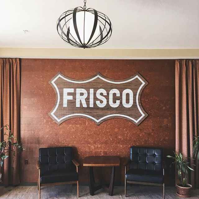When social photo shoots take us to inspiring places. 😍  Shout out to @vecinogroup for making downtown lofts even dreamier! ✨