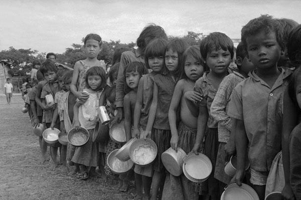 Cambodia-refugees-AP-600x.jpg