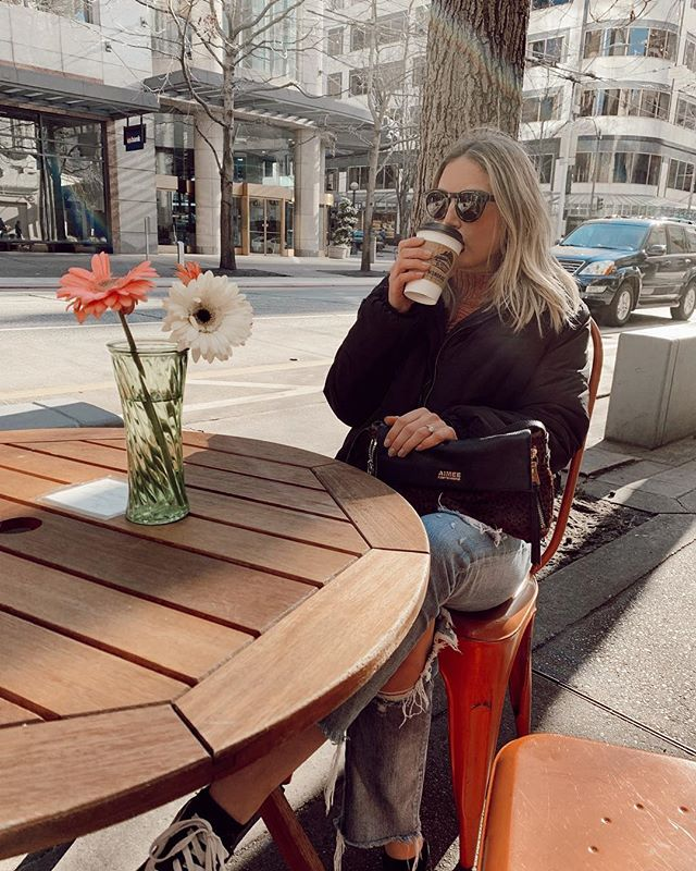 k. i am ready to trade the puffer jacket for a bikini.... over you, winter.  #downtownseattle #ootd #monorailespresso #espresso #saturday #denim #seattle #pnw #remaxhustle #weekendmood