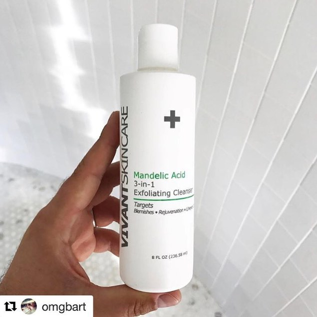 #REGRAM from @omgbart via @vivantskincare  We are obsessed with this mandelic scrub to clear + prevent booty breakouts and bikini line bumps 👙
