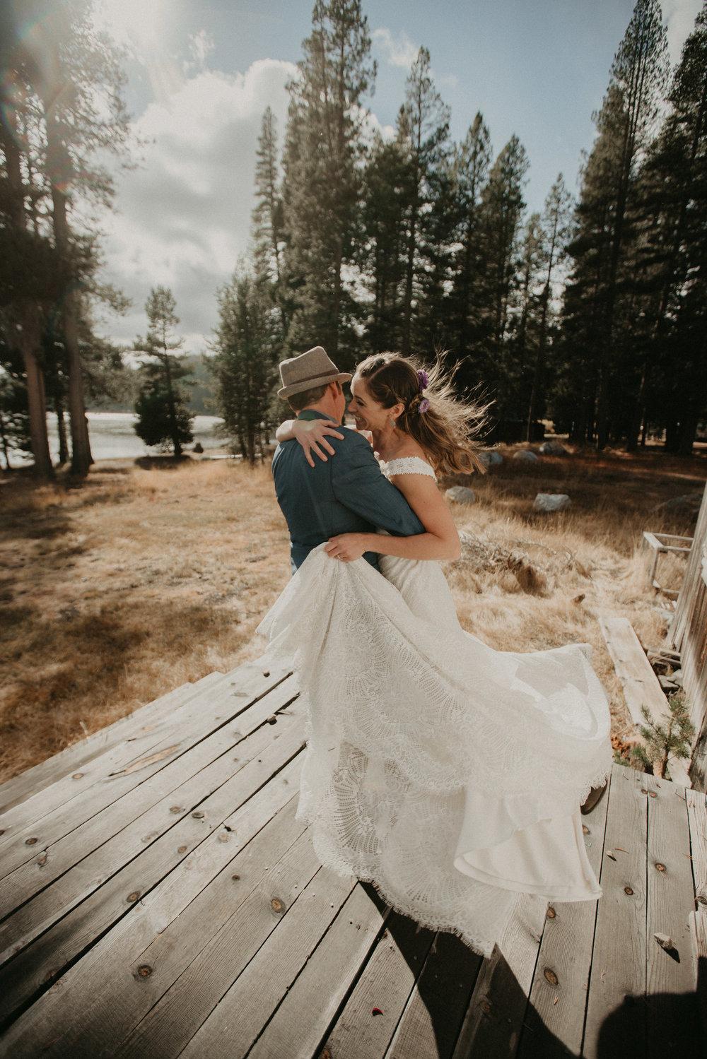 first dance lake tahoe newlywed wedding married