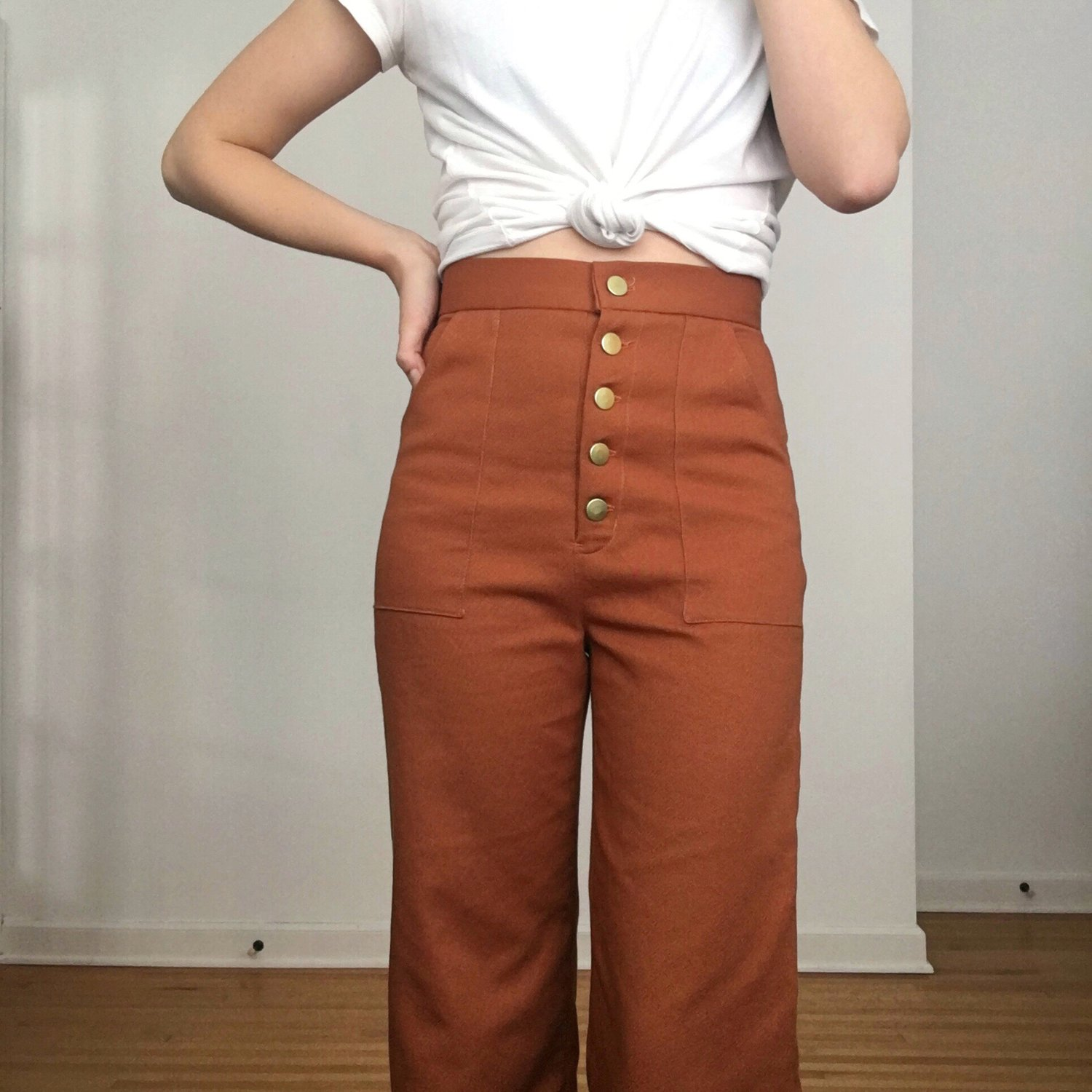 9df3fead398 The Pattern: The Lander Pant & Short by True Bias The Fabric: Ventana Twill  from Fancy Tiger Crafts in 'Brick Brown' The Process: Ever since Kelli  released ...