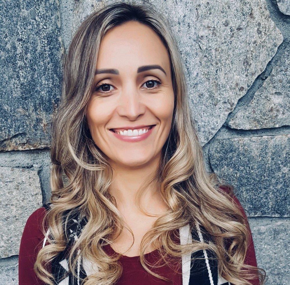 Professora de aulas de português para crianças em Marlborough