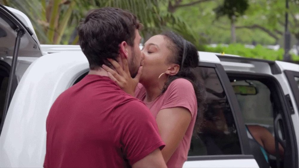 Zak and Bria kissing each other goodbye: why is this happening?