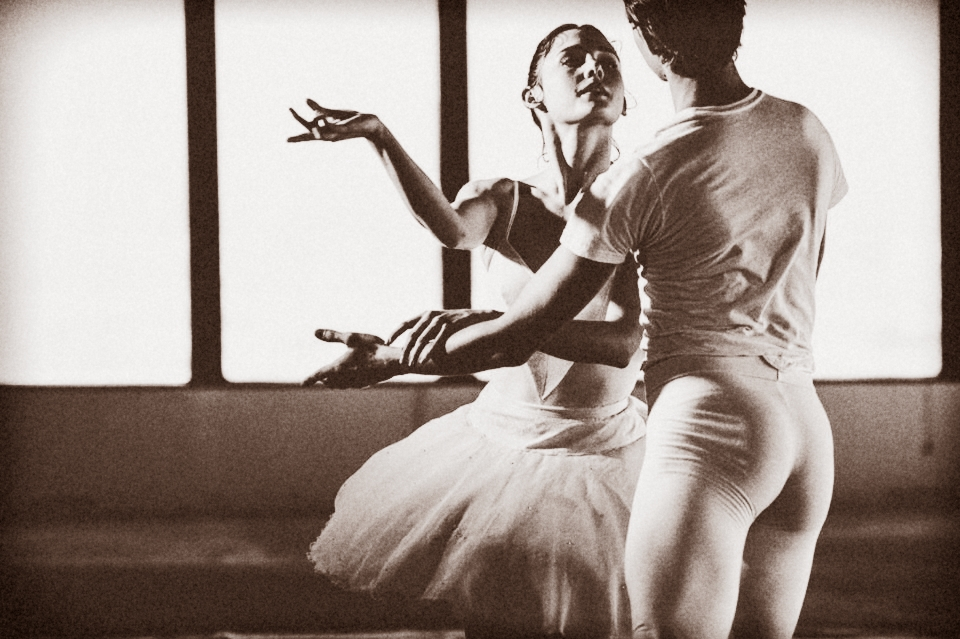 Eva-Burton-and-Colby-Parsons-of-American-Contemporary-Ballet_Effect12345ek.-Photo-by-Anastasia-Petukhova.jpg