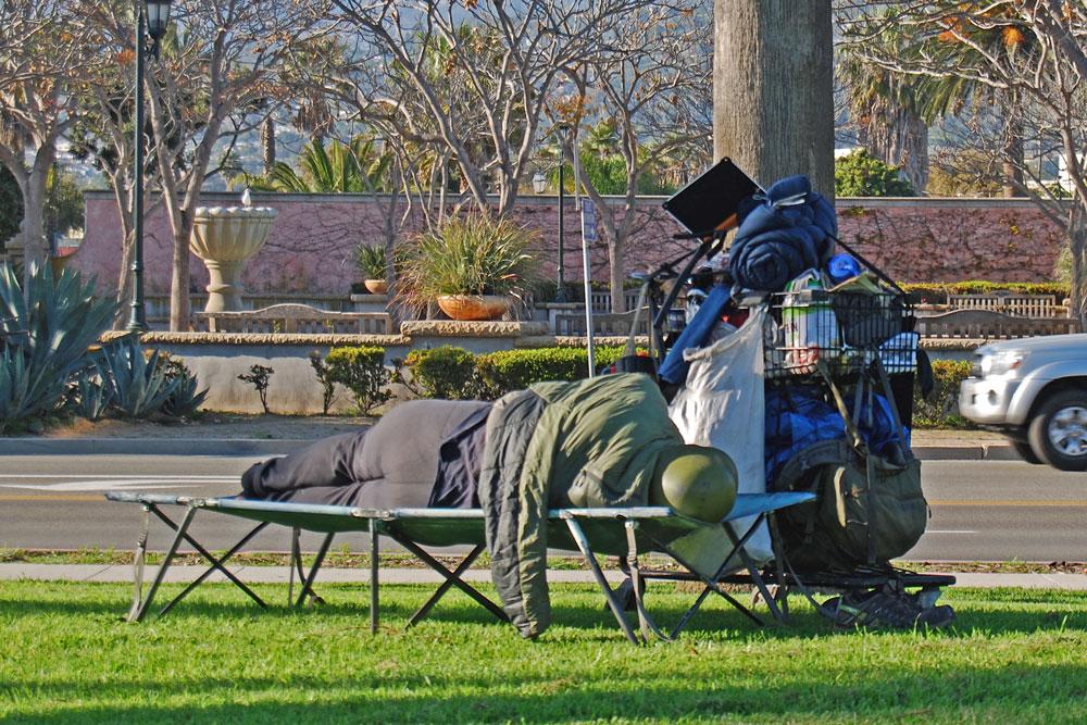 031517-Special-Homeless-Meeting-bh-1000x667.jpg