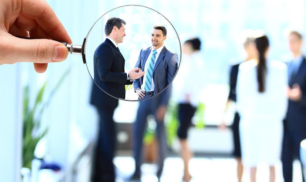 PREGUNTA # 2: ¿ES CRM APLICABLE A MI EMPRESA? - Dependiendo de su estrategia de negocio, puede resultar que usted no necesita un CRM. Es muy poco probable que una empresa que depende de atender a clientes, no requiera un CRM, pero se puede dar el caso.