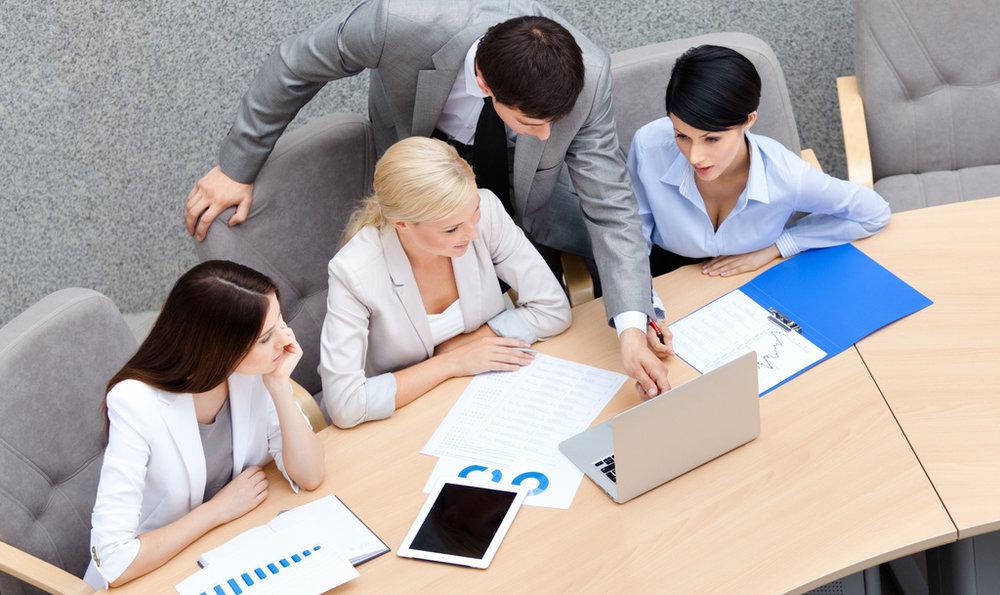 PREGUNTA # 4: ¿POR DÓNDE COMIENZO UN PROYECTO DE CRM? - Si tengo claro qué es CRM, igualmente que mi empresa lo necesita y que estamos preparados o en camino de lograrlo, ¿cómo estructuro un proyecto de CRM para garantizar que sea exitoso?
