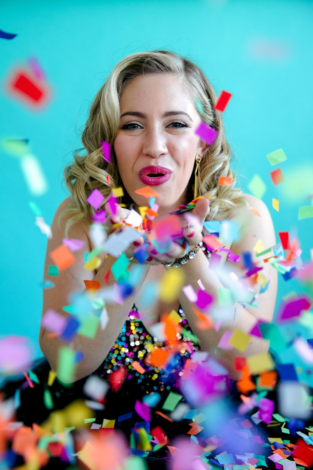 san jose california makeup artist kim baker beauty celebrates 30th birthday with a fun photoshoot wearing tulle skirt and holding confetti