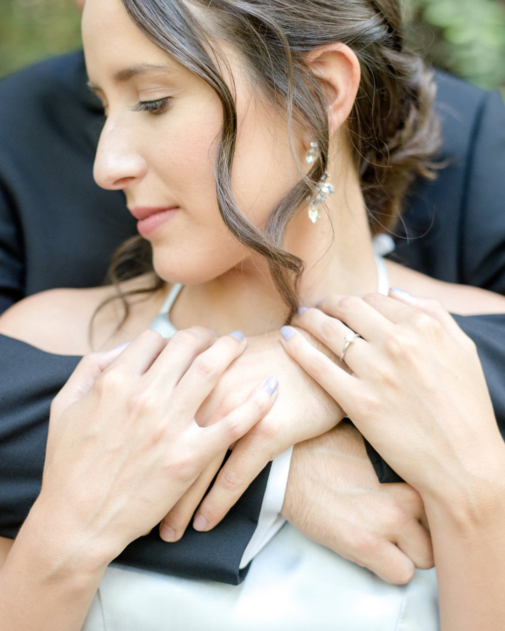 soft natural glowing glam for engagement session by bridal and lifestyle makeup artist kim baker beauty photos by quianna marie photo at henry cowell park santa cruz california