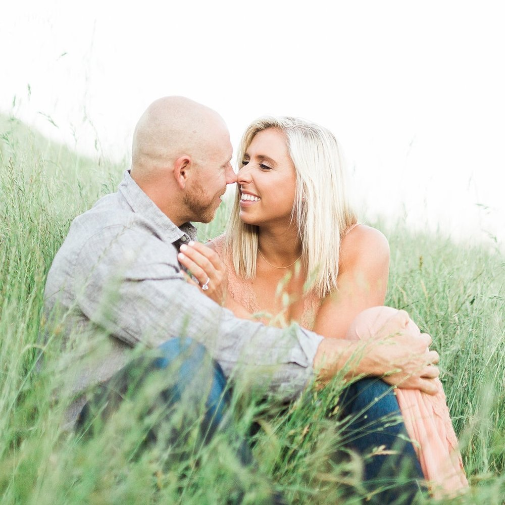 outdoor sonoma engagement session cozy couple in grassy field soft natural makeup by kim baker beauty san jose california makeup artist