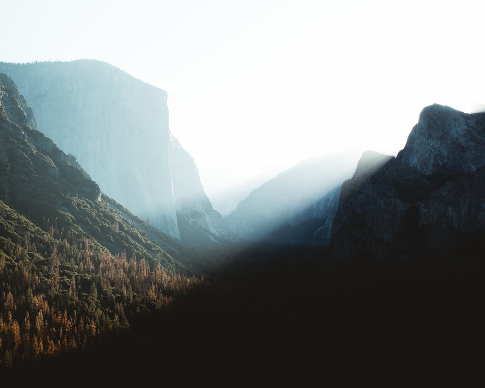 Sunrise at Tunnel View