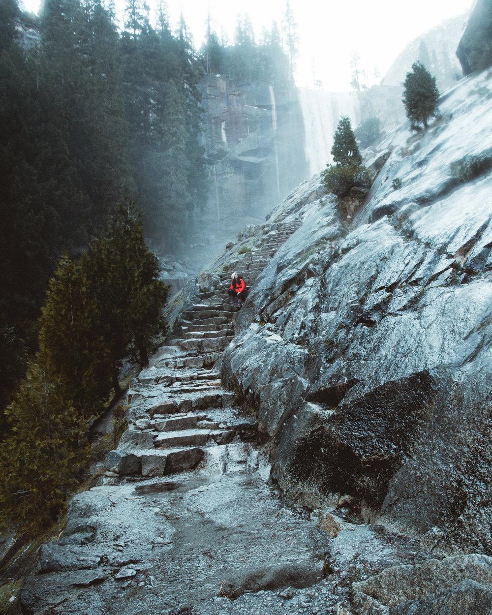 Hiking to Vernal Fall via the Mist Trail