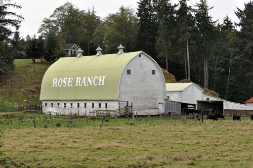 rose-ranch-barn.jpg