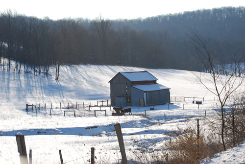winter-barn.jpg