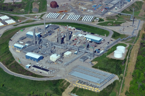 Large cryogenic plant in Washington County, Pa. used to separate gas liquids like ethane. This huge processing facility has continued to increase in size since this 2014 photo. Construction of multiple cryogenic gas processing plants continues in western Pennsylvania.
