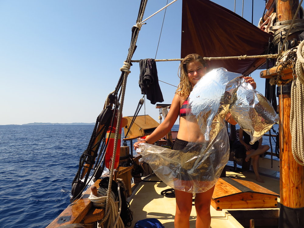 EDUCATION AND SCHOOLS - During the summer we run a PIRATES program for kids and families, raising awareness about marine debris and ocean science. During the school year, we will be reaching out to schools around Spain about key conservation issues.