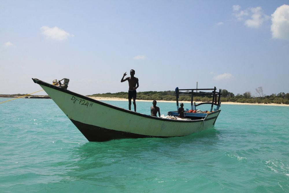 PESCA SOSTENIBLE EN DJIBOUTI - Colaboramos con las comunidades más apartadas para llevar a cabo prácticas de pesca sostenibles