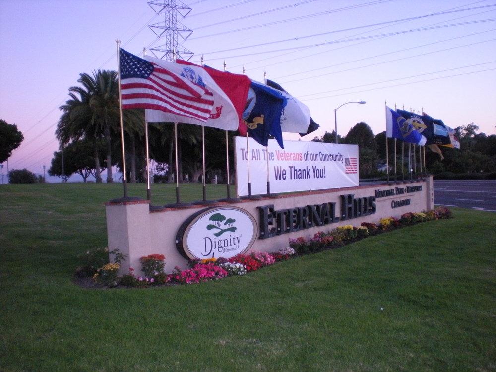 Flafkeepers - Eternal Hills Veteran's Day 2013 Flag Display 2.JPG