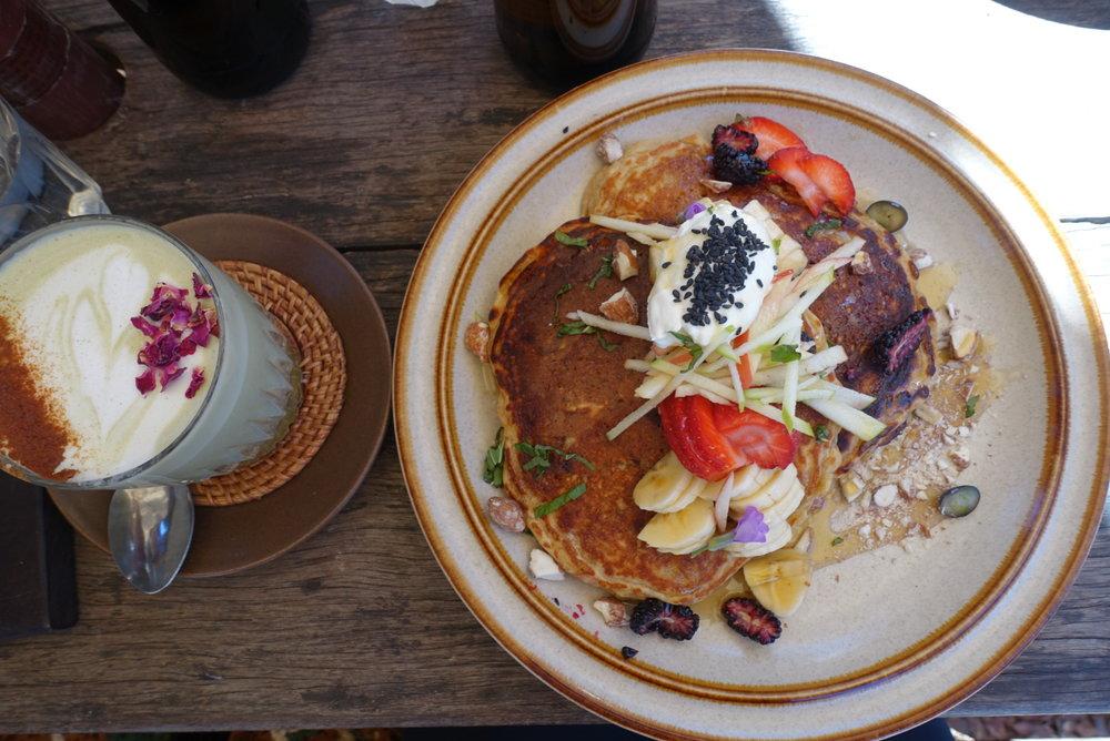 Folk's buckwheat pancakes & matcha latte