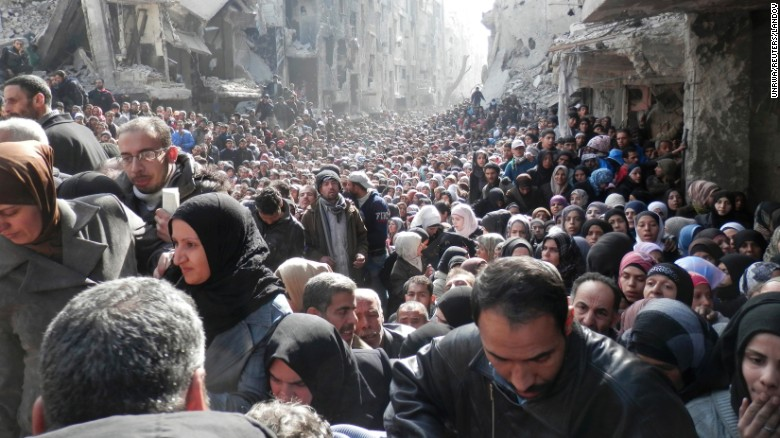 400,000 people were killed in the Syrian civil war from 2011-2015