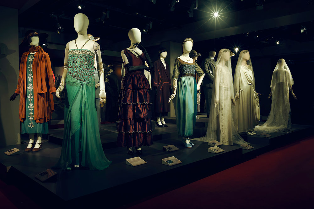 The fashion of Downton. This image is a courtesy of NBC Universal International Studios.