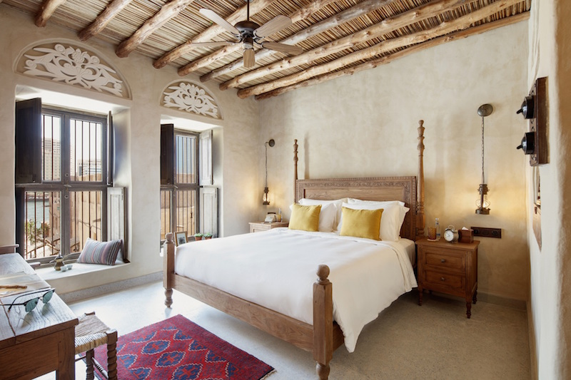 The interiors of the rooms and suites reflect an age of pearl trading and Emirati crafts.
