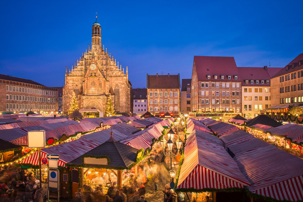 Weihnachtsmarkt in Nürnberg, Germany (Photography by Mapics)
