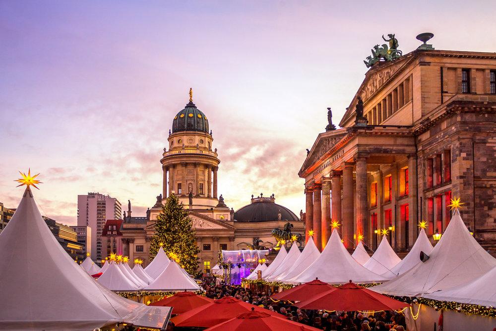 Weihnachtsmarkt, Gendarmenmarkt, Berlin (Photography by Pure Life Pictures)
