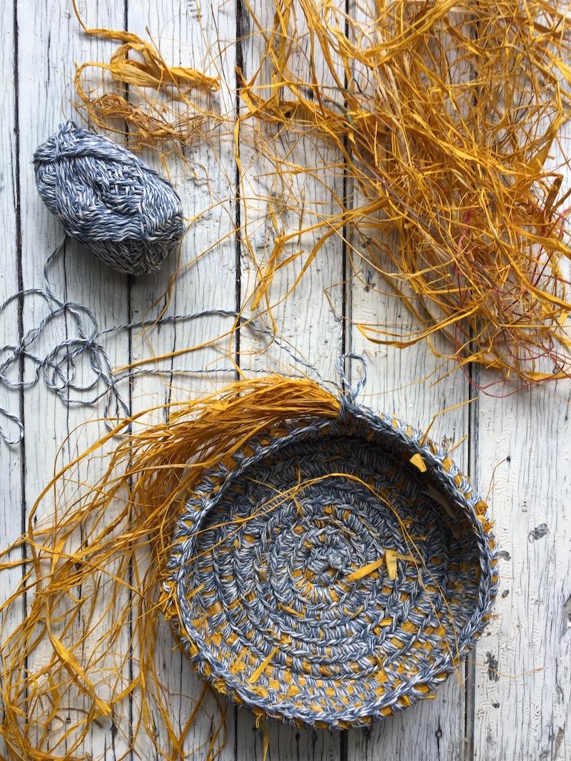 Crochet basket how to tutorial by Ellie Beck.JPG