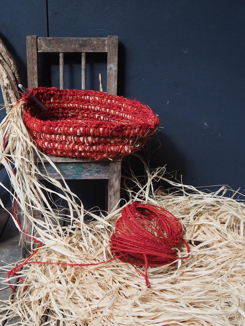 Crochet core-filled basket how-to by Petalplum.JPG