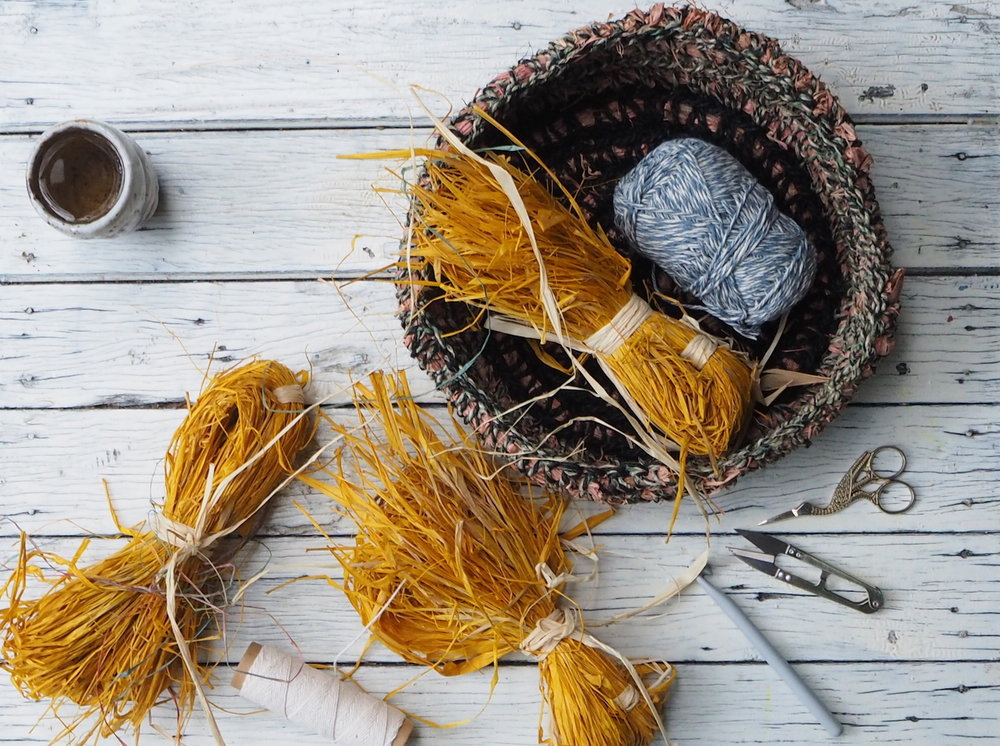 Ellie Beck Petalplum crochet basket raffia tutorial.JPG