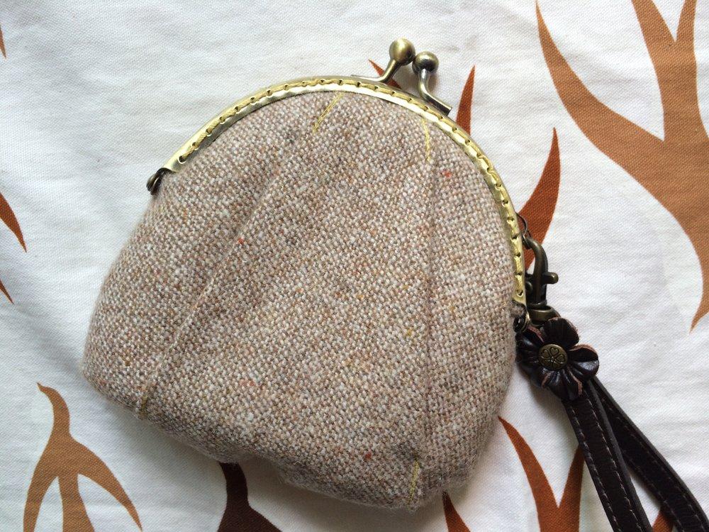 EDC- clasp purse_01.jpg