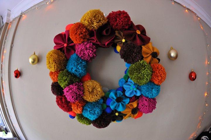 christmas wreath_pom pom.jpg
