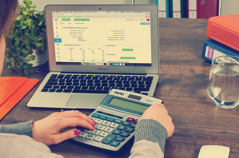 bookkeeping-615384_960_720.jpg