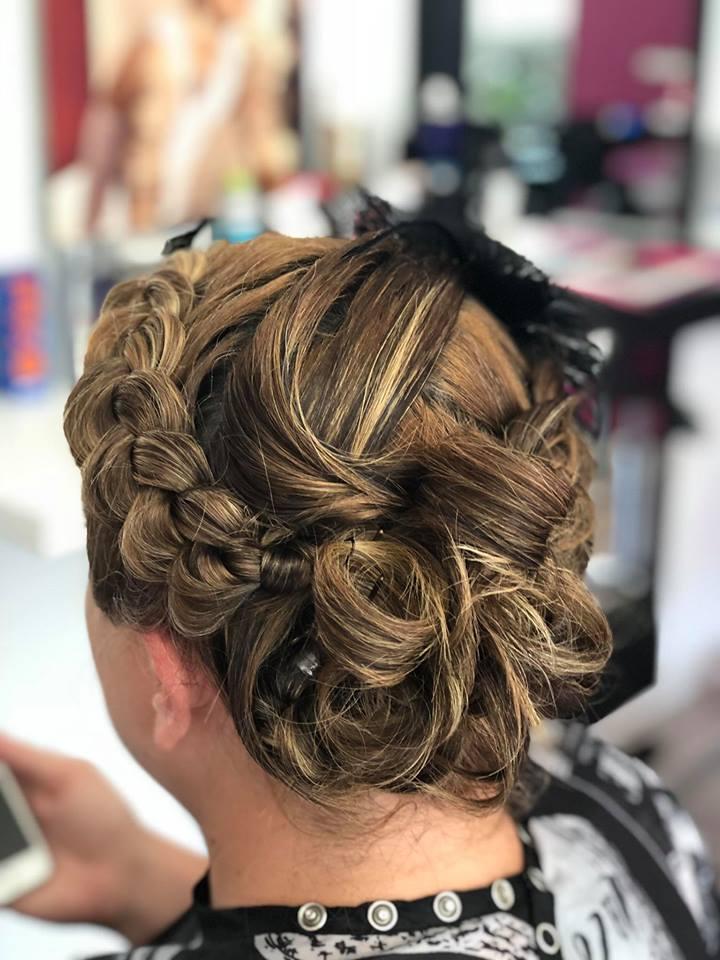 amazen-salon-coiffure-tresse-chignon-noumea-nouvelle-caledonie.nc.jpg