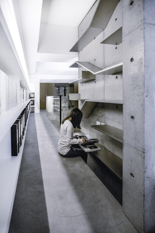 書架,不鏽鋼,清水模,員工休息區