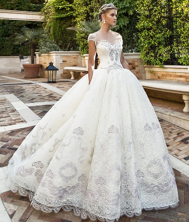 Different Wedding Dress Styles For Your Body Type Stylez