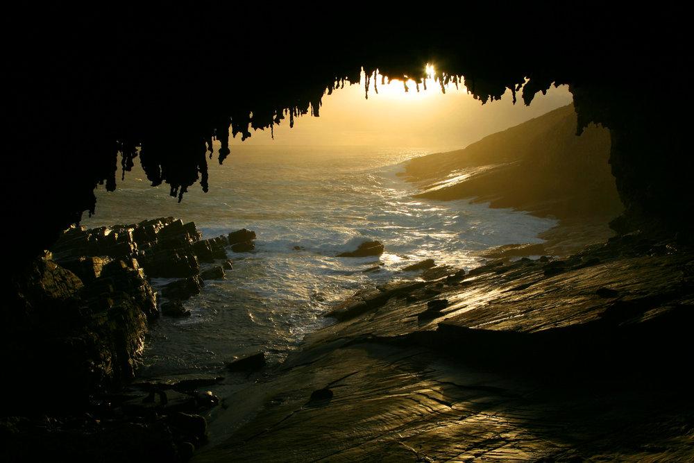 Kangaroo Island sunset (dreamstime).jpg